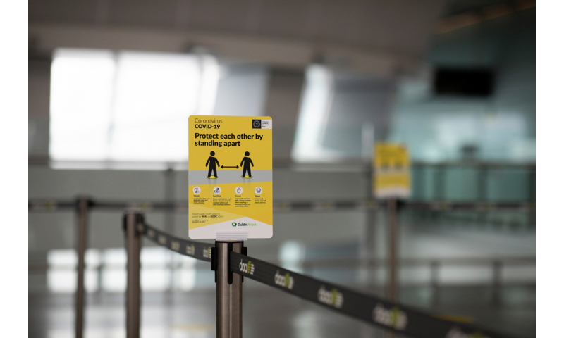 social-distancing-signage-in-q-lane-at-dublin-airport-1
